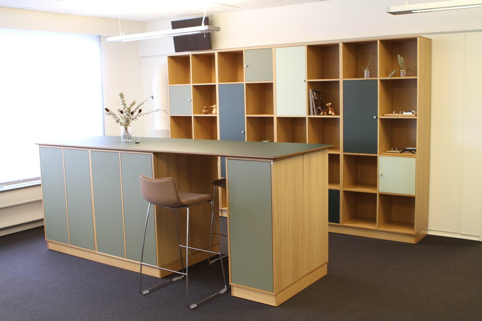 Cube Design   kontormøbler   Quadro   Reol