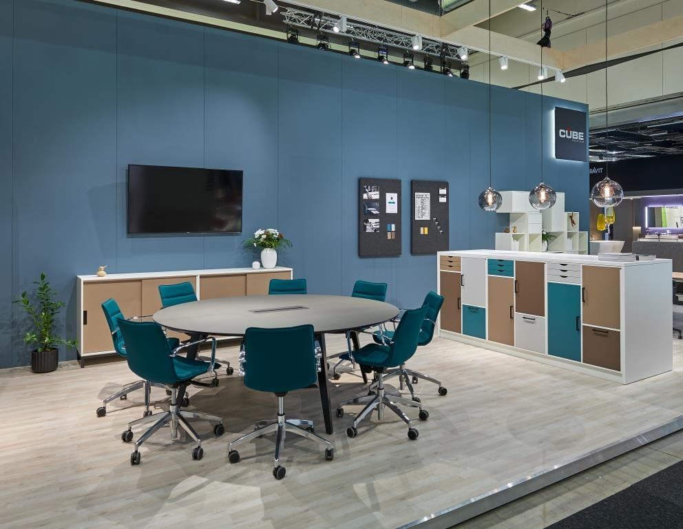 Cube Design - kontormøbler - Rundt Spider konferencebord - S10 konferencestole