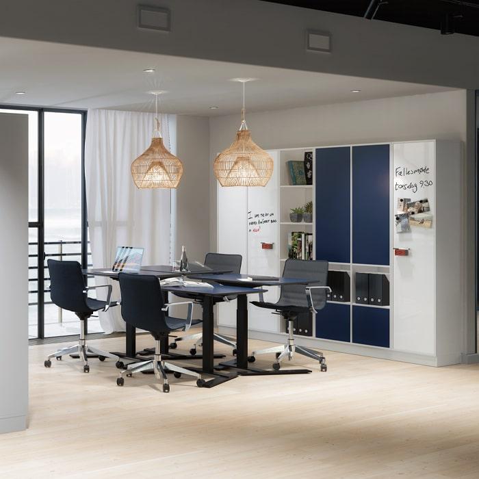 Cube Design - kontormøbler - skrivebord - 1-søjlet skrivebord - hæve-sænke skrivebord - RAW - linak